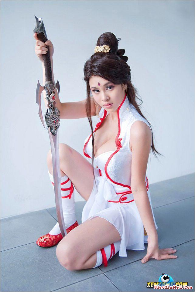 xit-mau-mui-voi-cosplay-giang-long-chi-kiem-f58c89.jpg